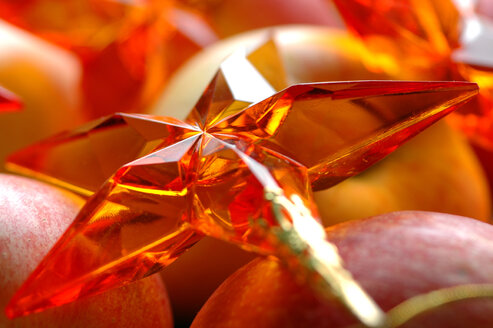Apples with Christmas decoration - 00911AS