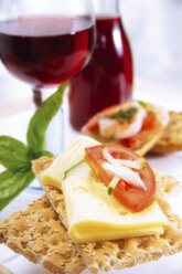 Crispbread with cheese and tomatoe - 02120CS-U