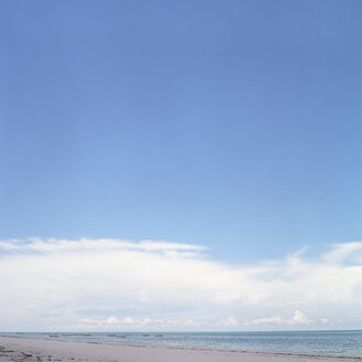 Africa, Tanzania, view of beach - PM00346