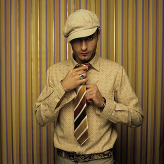 Man with cap, retro style - JLF00033