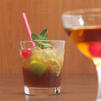 Cocktail, Mai Tai, Manhattan - CHKF00040