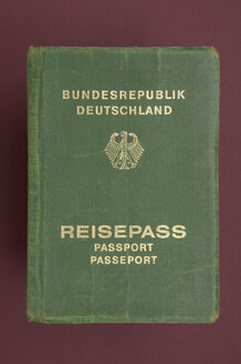 Passport of the Federal Republic of Germany - TH00159