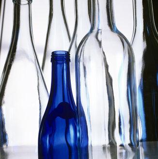Empty bottles - MB00539