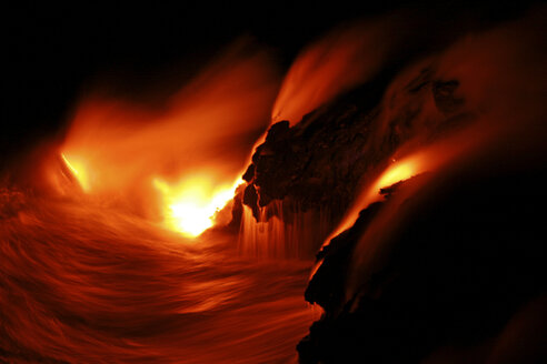 Glowing lava - RM00104