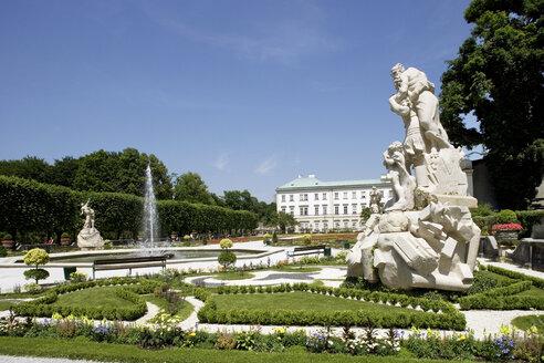Austria, Salzburg, formal garden - WW00071