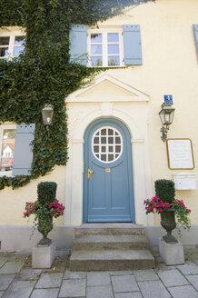 Germany, Bavaria, Munich, House door in Schwabing - MB00582