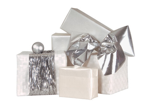 Stack of Christmas gifts, close-up - 00089LR-U