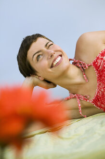 Young woman smiling - WEST01553