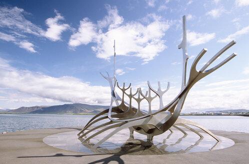 Iceland, Reykjavik, Viking-ship shaped sculpture - UM00149