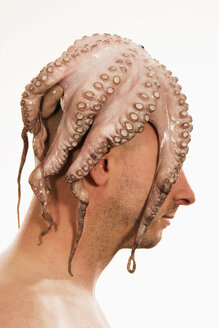 Man with squid on head - LD00182