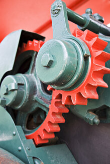 Gears, close-up - KS00039