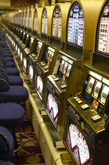 USA, Las Vegas, slot machines - TH00283