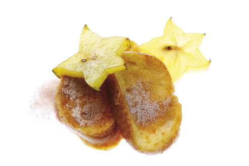 Two slices of french toast with sugar and star fruit - 05610CS-U