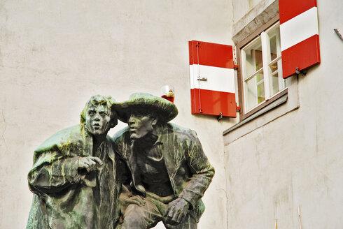 Austria, Tyrol, Innsbruck, statue - MB00643
