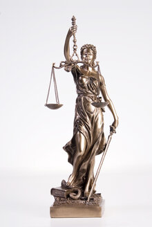 Statue of justice, close-up - NHF00276
