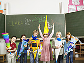 Pupils holding schoolcone - WESTF04593