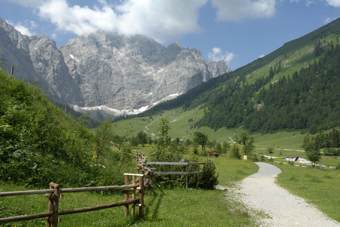 Austria, mountain scenery with farm track - GNF00904