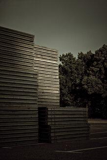 Germany, Pforzheim, Stack of wooden pallets - DW00104