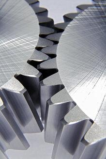 Cog wheels, close-up - TCF00411