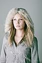Woman, winter-fashion, portrait - MFF00357