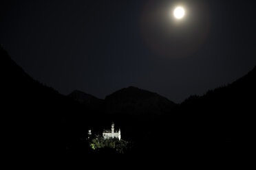 Germany, Bavaria, Neuschwanstein Castle at night - 00220DH-U