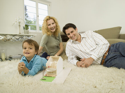 Young family in living room - WESTF06655