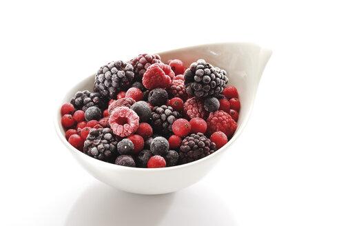 Frozen wild berries, close-up - 08386CS-U
