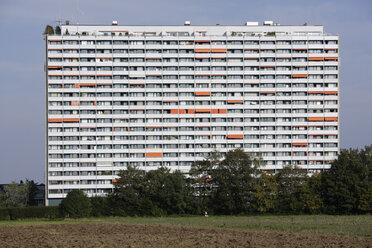 Germany, Bavaria, Munich, Large Apartment Building - TCF00505