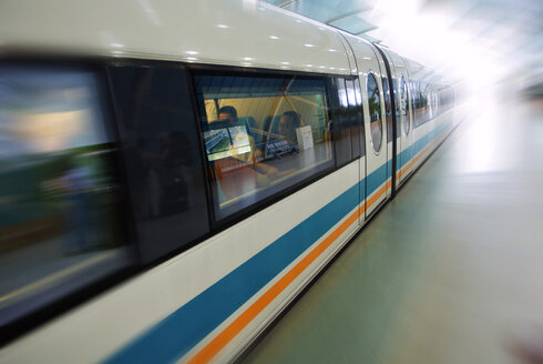 China, Magnetically levitated (Maglev) train, - MB00775