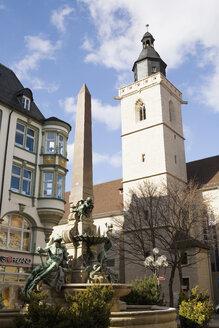 Germany, Erfurt, Wigbertikirche, Angerbrunnen, fountain - UK00148