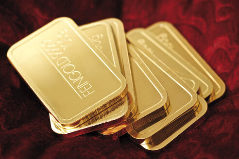 Gold bars, close-up - 08544CS-U
