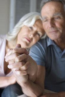 Senior couple, portrait - WESTF08247