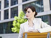 Germany, Baden-Württemberg, Stuttgart, Businesswoman taking a break - WEST08605
