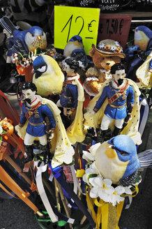 Germany, Bavaria, Munich, Auer Dult, traditional market, souvenirs - MB00877