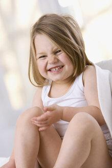 Little girl (3-4), smiling, portrait - SMO00205