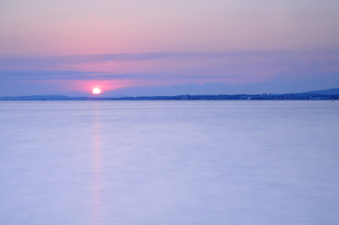 Germany, Lake Constance with afterglow - SMF00409