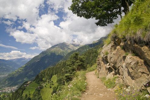 Italy, South Tyrol, Footpath - SMF00379