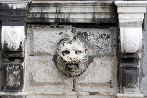 Italy, Venice, Lion's head on bridge, close-up - AWDF00197