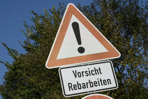 Germany, Baden-Wuerttemberg, Road sign, Road works, Rebarbeiten - AWD00326