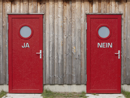 Two red doors, close-up - THF01000