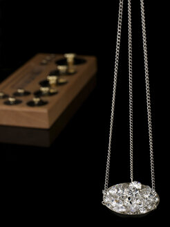 Diamonds on carat scale - AKF00039