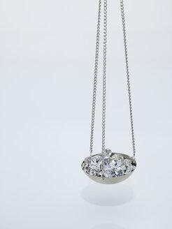 Diamonds on carat scale - AKF00036