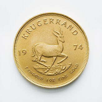 South African coin, Krugerrand, Gold coin, close up - WWF00404