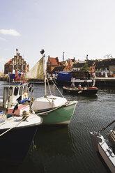 Germany, Mecklenburg-Vorpommern, Wismar, Old harbour - WW00511
