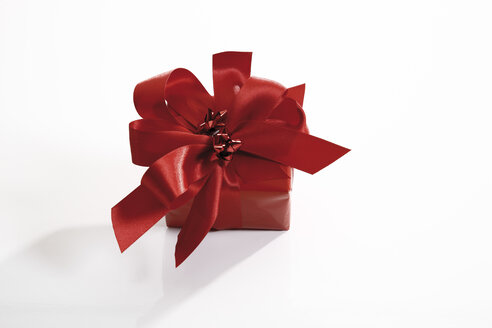 Gift parcel, elevated view - 10589CS-U