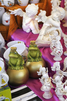 Germany, Frog King and Angel figurines, close up - MBF00926