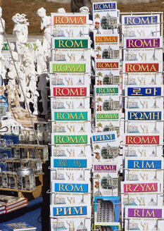 Italy, Rome, Stall with guidebooks, close up - PSF00120