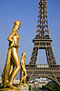 France, Paris, Eiffel Tower, Statues in foreground - PSF00151