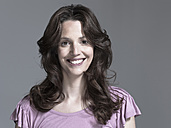 Woman smiling, portrait - WEST12277