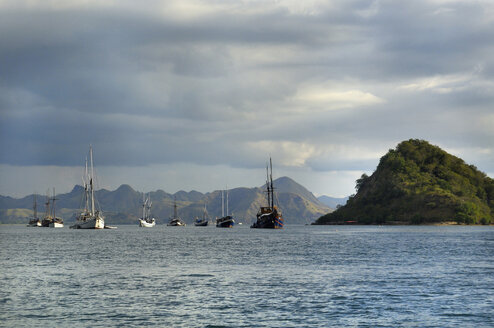 Asia, Indonesia, Labuhanbajo, Flores, Fisherboats - MBF00947